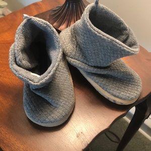 4e82fc722edf3 Old Navy Toddler slipper socks